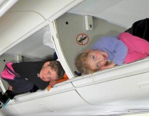http://www.blogcdn.com/www.gadling.com/media/2009/05/kid_plane.png